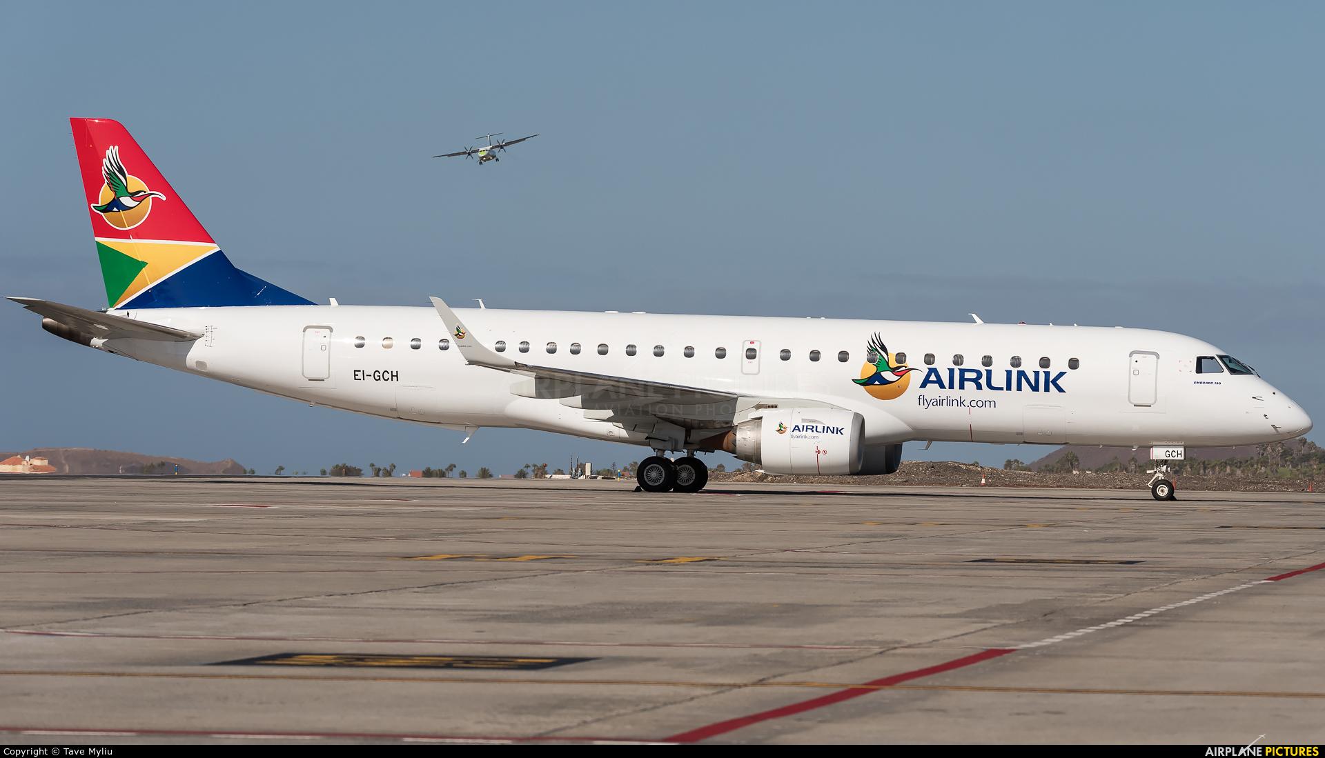 Air Link EI-GCH aircraft at Tenerife Sur - Reina Sofia