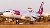 PT-MXN - TAM Airbus A321 aircraft