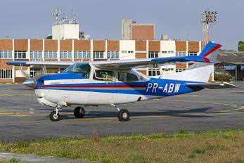 PR-ABW - Private Cessna 210 Centurion