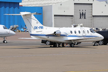 OK-PMI - Queen Air Beechcraft 400A Beechjet