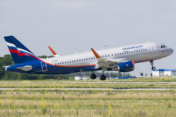 VP-BII - Aeroflot Airbus A320