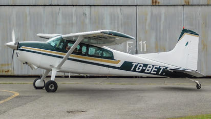 TG-BET - Private Cessna 185 Skywagon