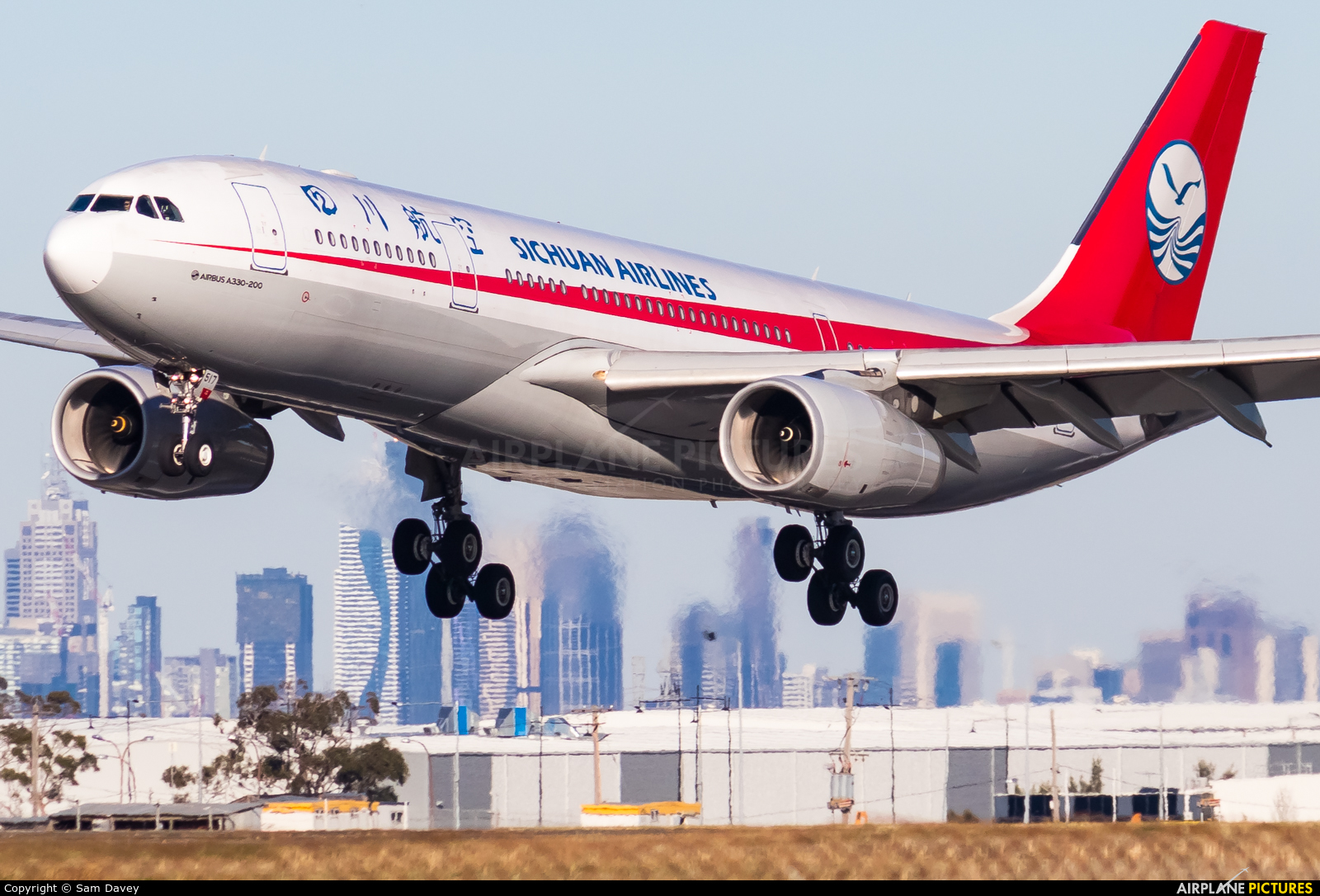 Sichuan Airlines  B-6517 aircraft at Melbourne Intl, VIC