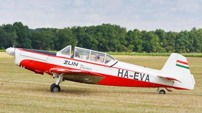 HA-EVA - Private Zlín Aircraft Z-526