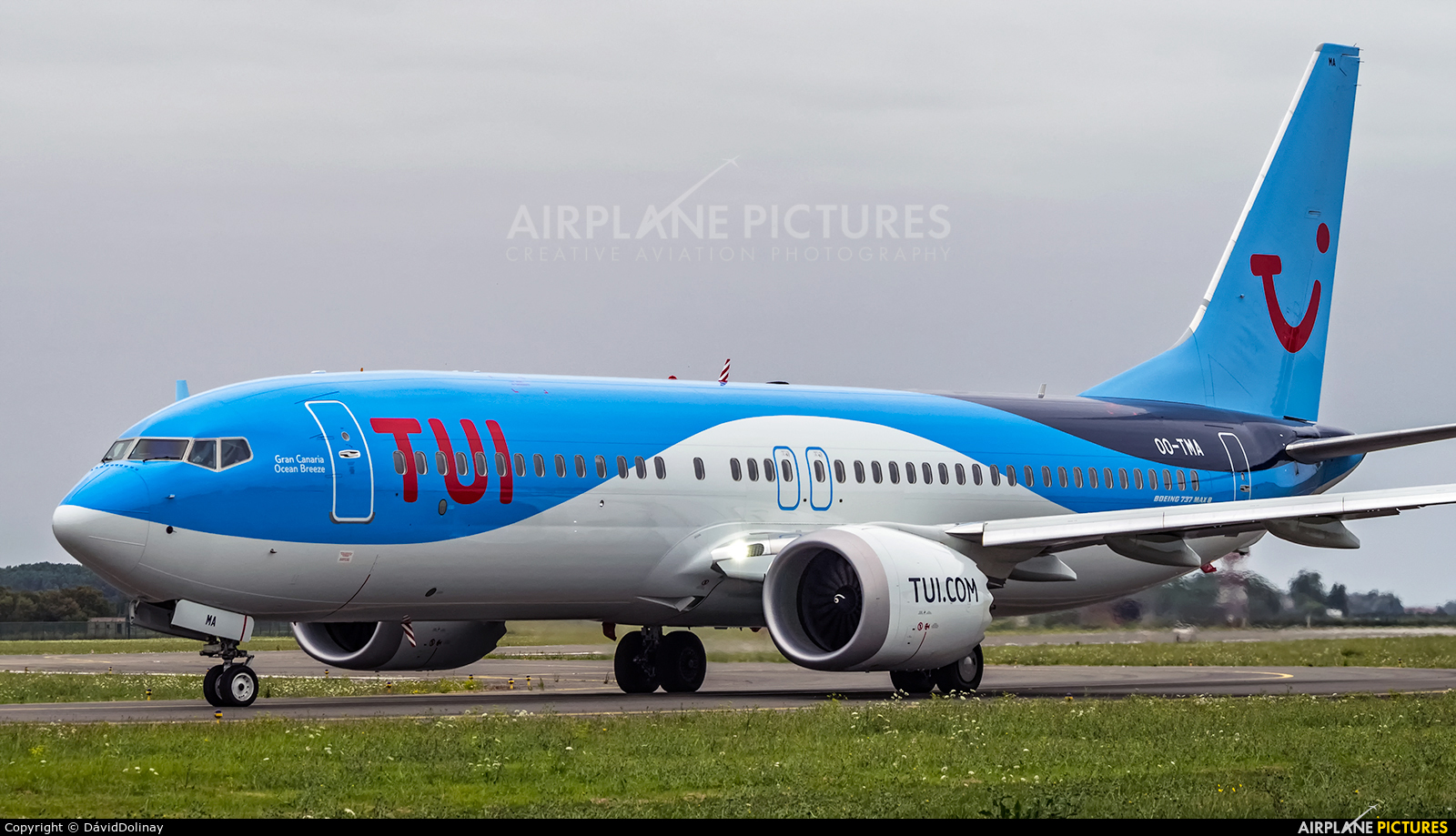 TUI Airlines Belgium OO-TMA aircraft at Ostend / Bruges