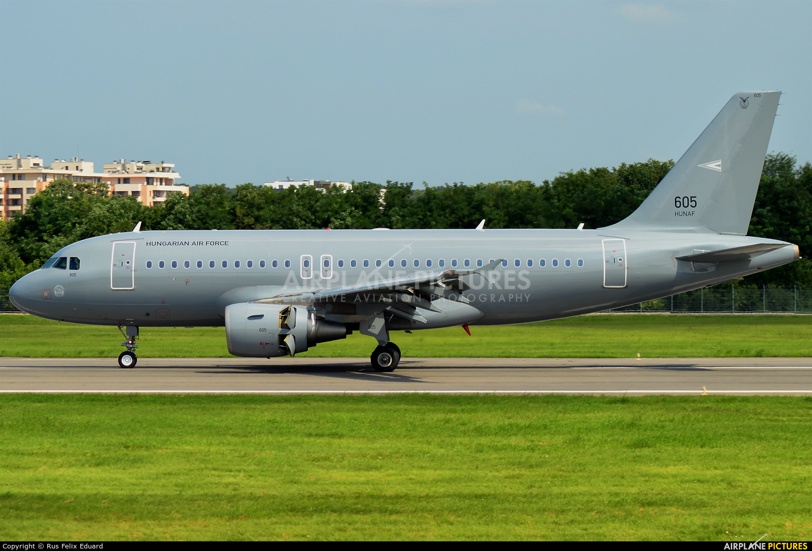 605 - Hungary - Air Force Airbus A319 at Bucharest - Aurel