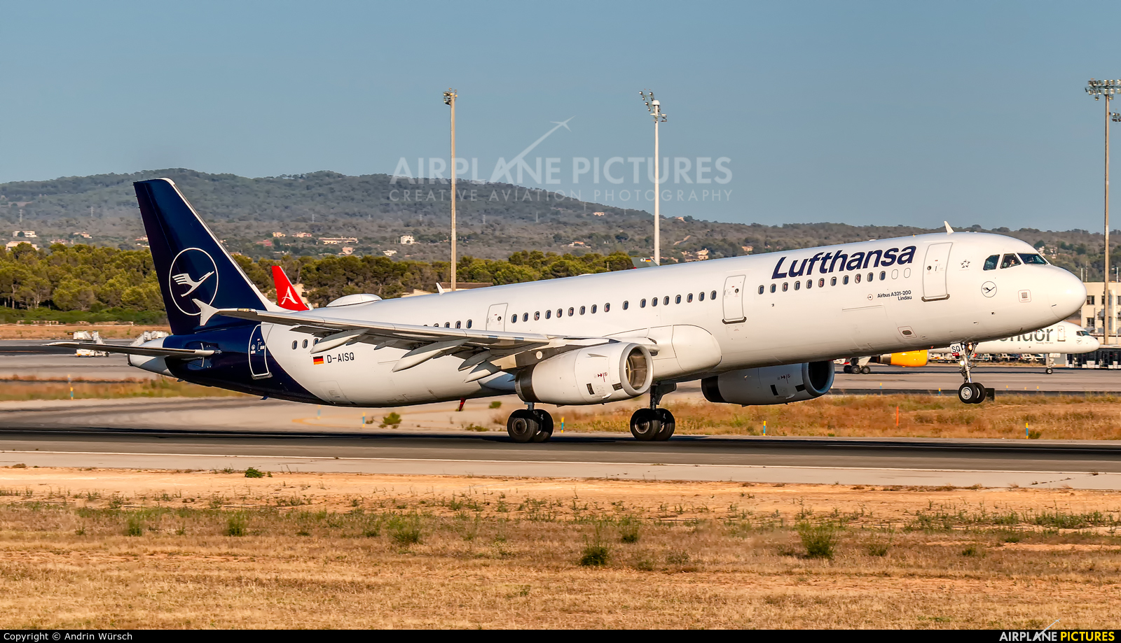 Lufthansa D-AISQ aircraft at Palma de Mallorca