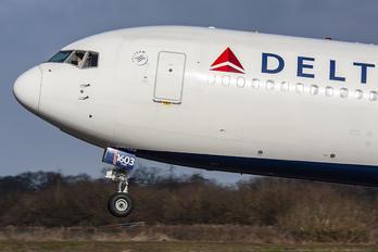 N1603 - Delta Air Lines Boeing 767-300ER