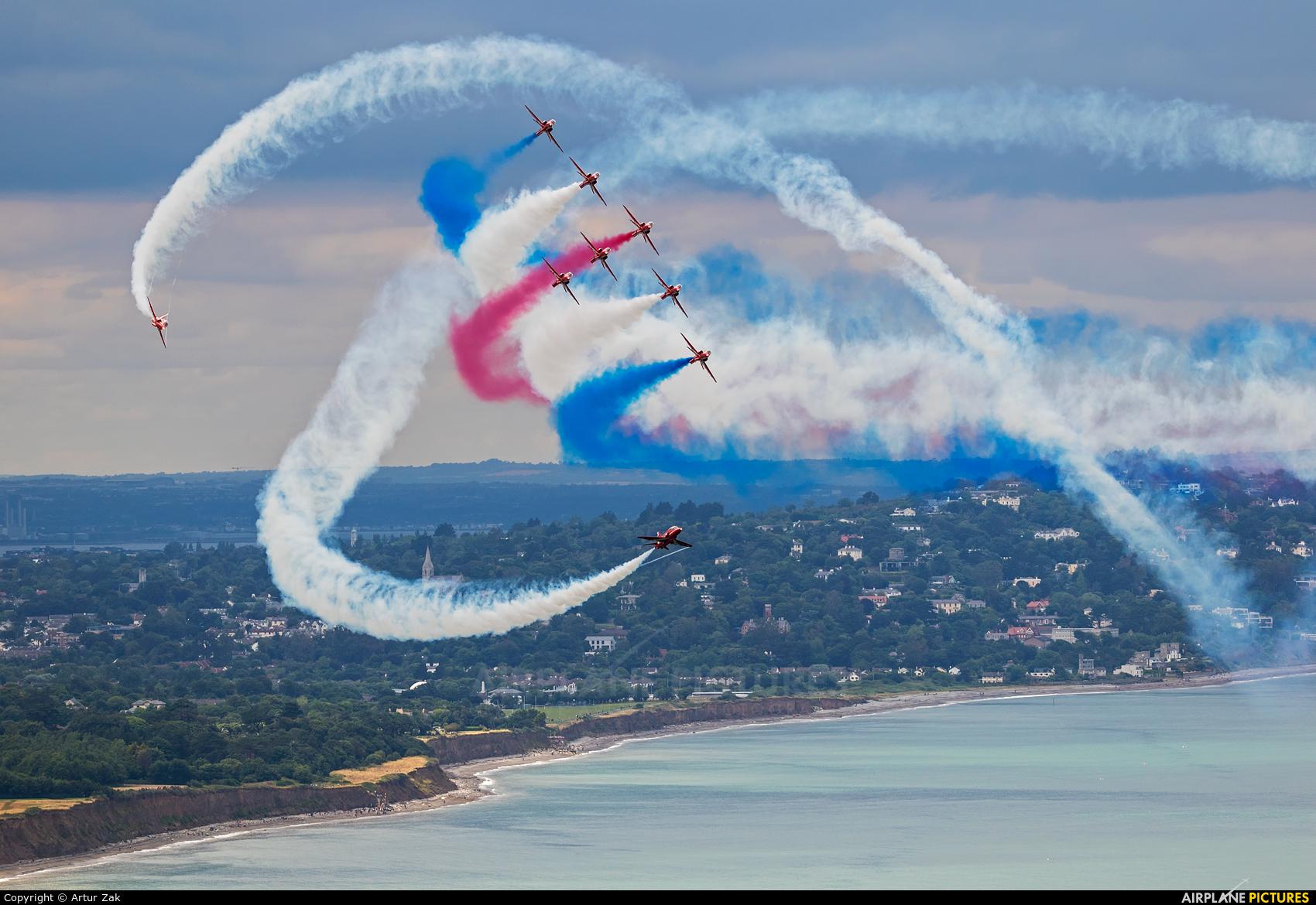 "Royal Air Force ""Red Arrows"" XX323 aircraft at Bray - Off Airport"