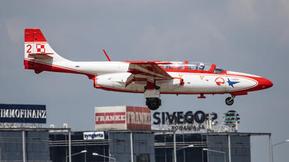 2 - Poland - Air Force: White & Red Iskras PZL TS-11 Iskra