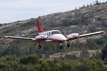 LN-HMB - Rørvikfly AS Piper PA-34 Seneca