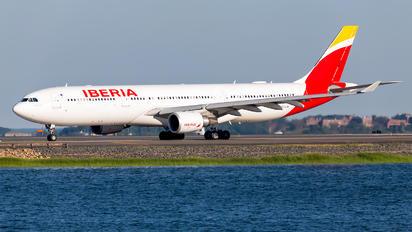 EC-LUK - Iberia Airbus A330-300