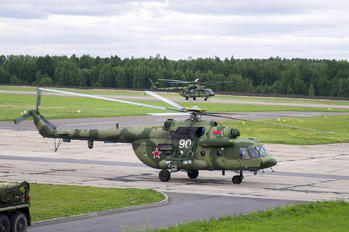 90 WHITE - Belarus - Air Force Mil Mi-8MTV-5