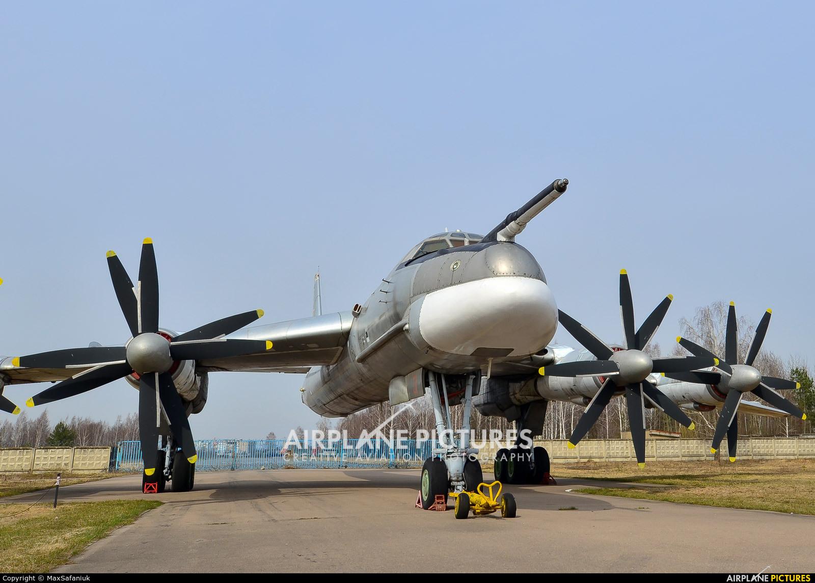 Russia - Air Force 31 aircraft at Monino