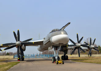 31 - Russia - Air Force Tupolev Tu-95MS