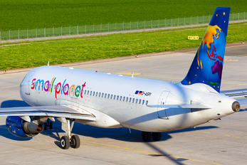 D-ASPI - Small Planet Airlines Airbus A320