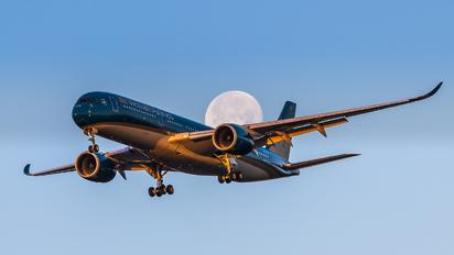 VN-A892 - Vietnam Airlines Airbus A350-900