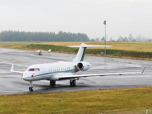 VP-CBF - Avcon Jet Bombardier BD-700 Global 5000