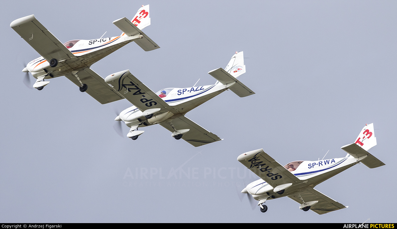 Aeroklub Ziemi Zamojskiej SP-AZZ aircraft at Piotrków Trybunalski