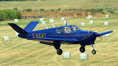 G-NEWT - Private Beechcraft 35 Bonanza V series