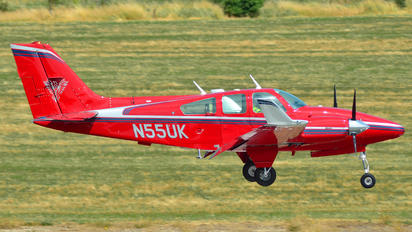 N55UK - Private Beechcraft 55 Baron