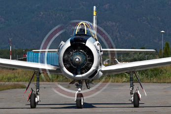 LN-XXT - Scandinavian Aircraft AS North American T-28B Trojan