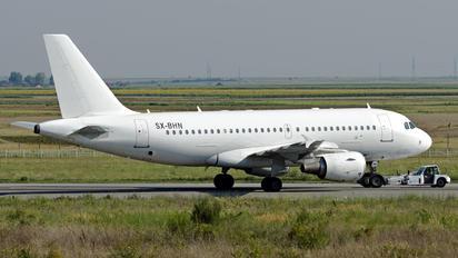 SX-BHN - Olympus Airways Airbus A319