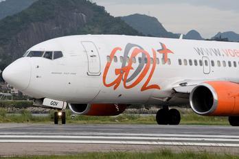 PR-GOV - GOL Transportes Aéreos  Boeing 737-700