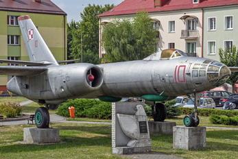 10 - Poland - Air Force Ilyushin Il-28