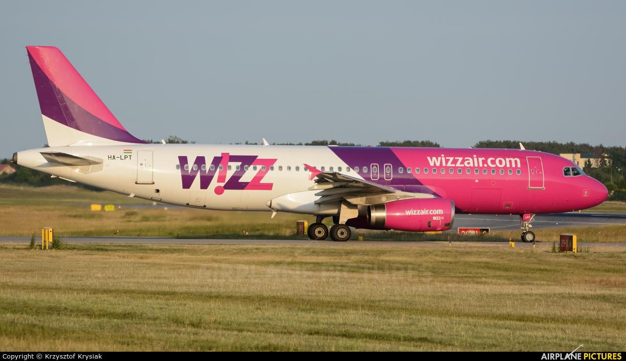 Wizz Air HA-LPT aircraft at Gdańsk - Lech Wałęsa