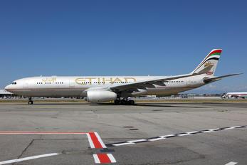 A6-AFC - Etihad Airways Airbus A330-300