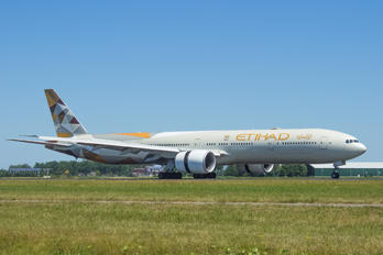 A6-ETF - Etihad Airways Boeing 777-300ER
