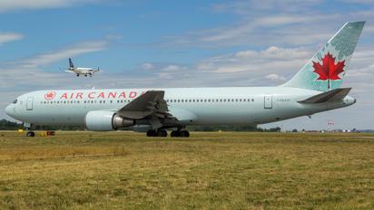 C-GHOZ - Air Canada Boeing 767-300