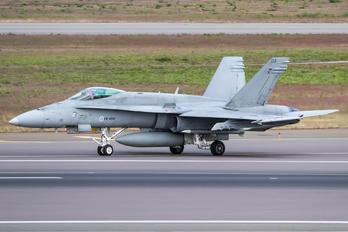 HN-404 - Finland - Air Force McDonnell Douglas F/A-18C Hornet