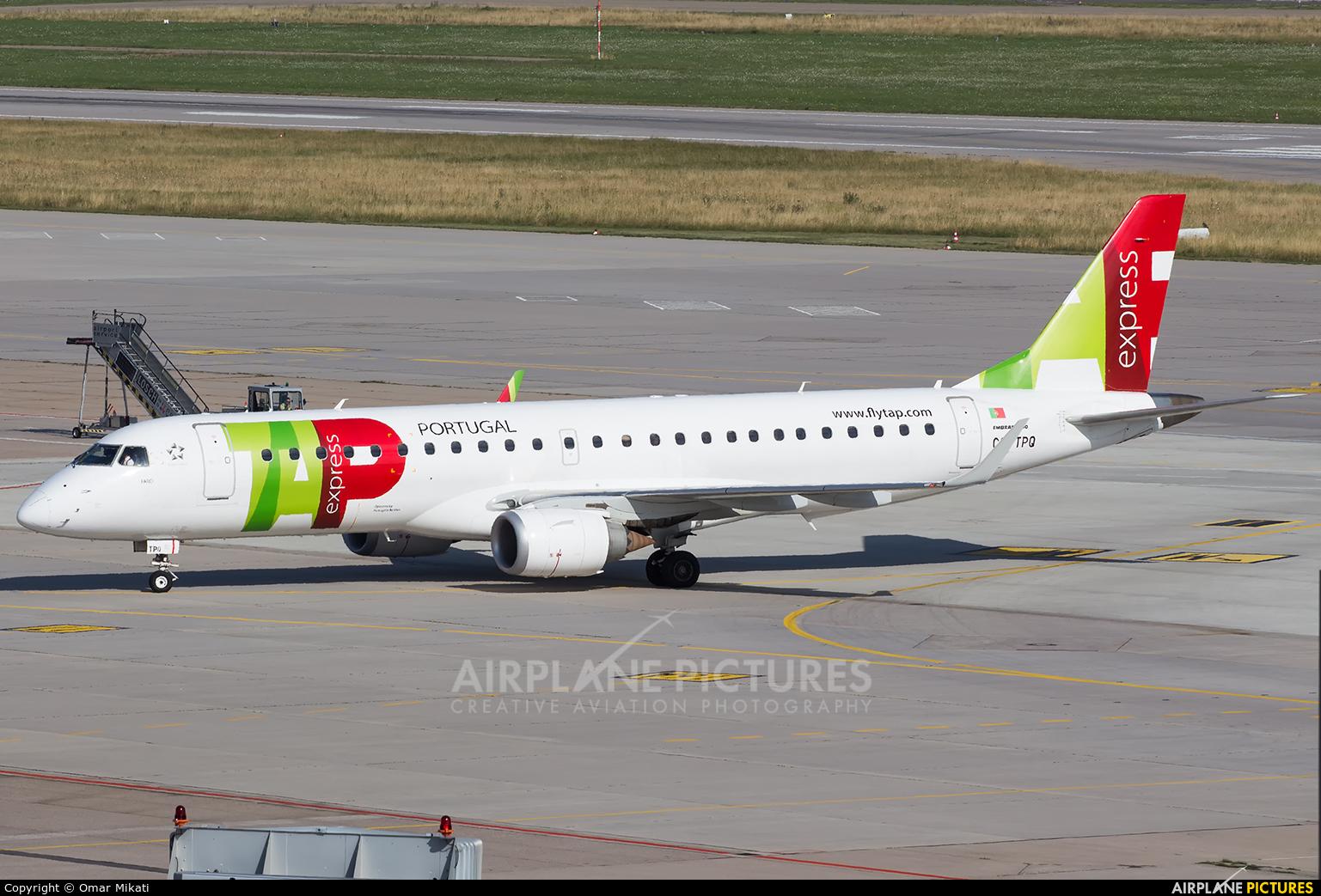 TAP Express CS-TPQ aircraft at Stuttgart