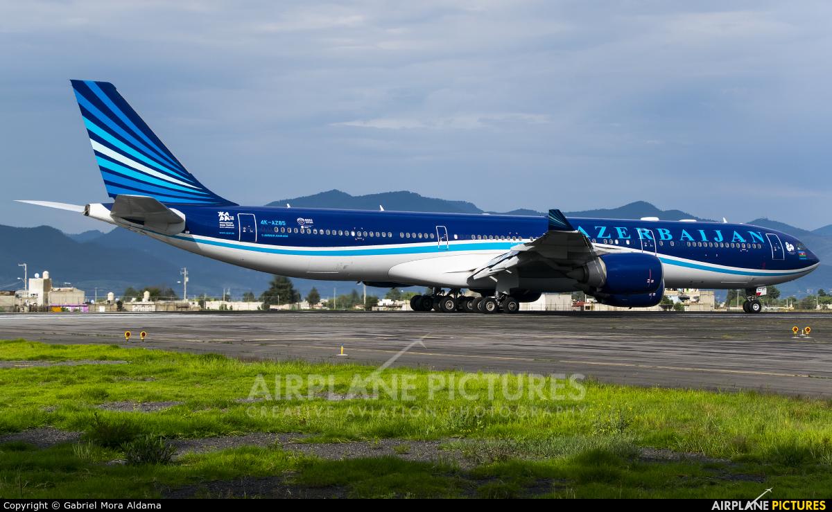 Azerbaijan Airlines 4K-AZ85 aircraft at Toluca Intl