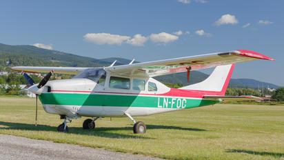 LN-FOC - Private Cessna 210 Centurion