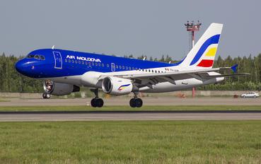 ER-AXM - Air Moldova Airbus A319