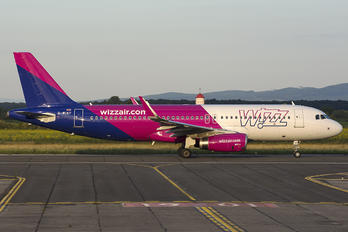G-WUKF - Wizz Air UK Airbus A320