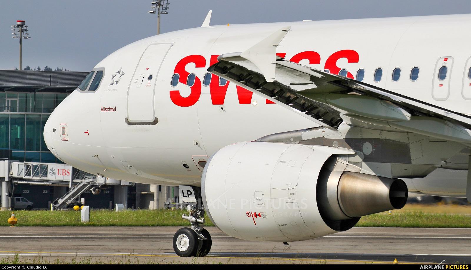Swiss HB-JLP aircraft at Zurich