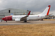 Norwegian B738 arrived to East Midlands for repainting title=