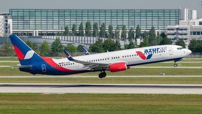 D-AZUG - AzurAir Boeing 737-900