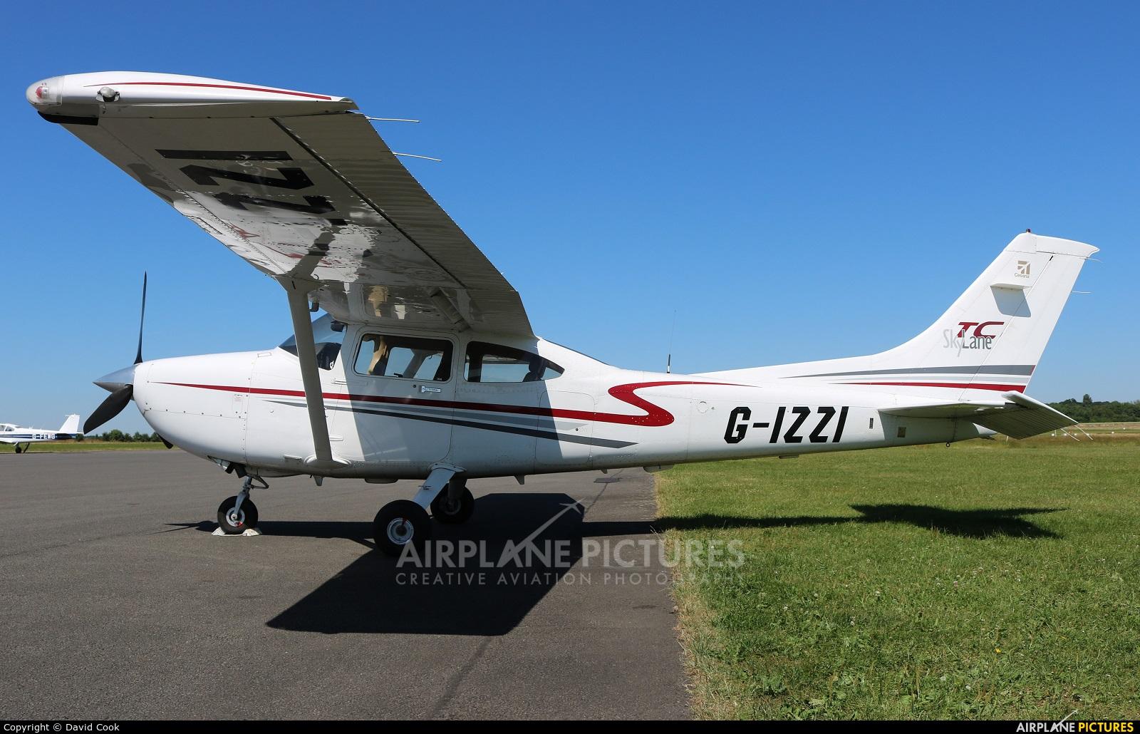 Private G-IZZI aircraft at Turweston