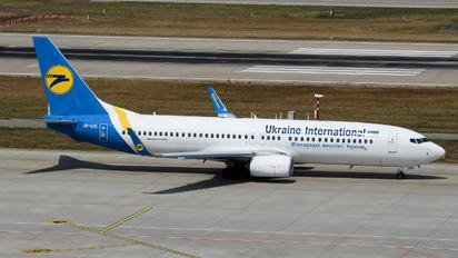 UR-UID - Ukraine International Airlines Boeing 737-800