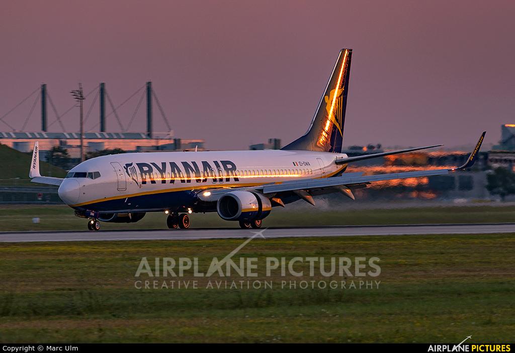 Ryanair EI-DWA aircraft at Munich