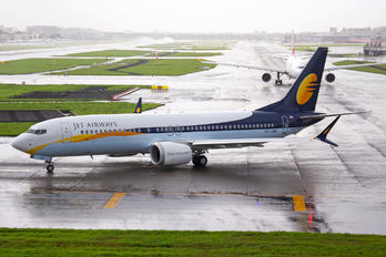 VT-JXB - Jet Airways Boeing 737-8 MAX