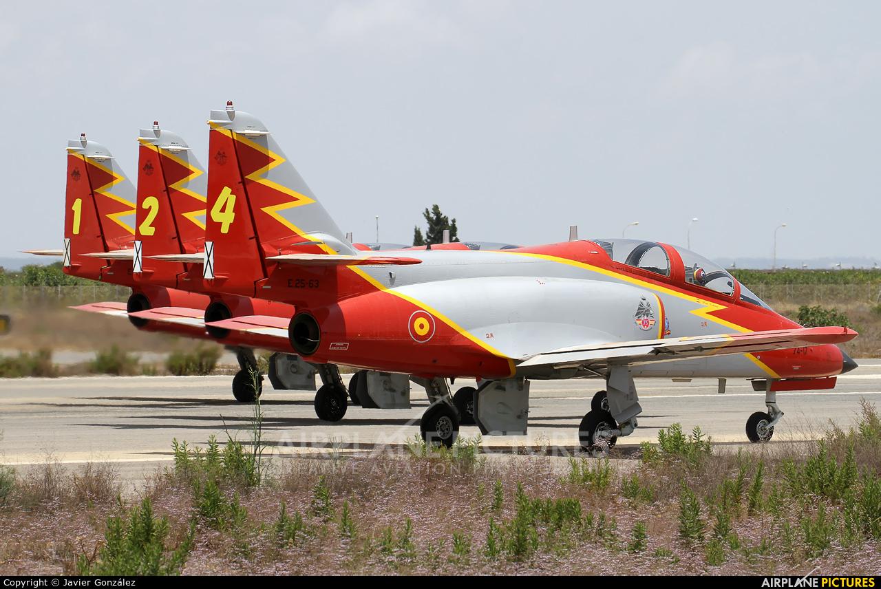 Spain - Air Force : Patrulla Aguila E.25-63 aircraft at Murcia - San Javier