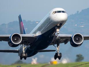 N675DL - Delta Air Lines Boeing 757-200