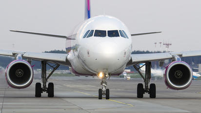 HA-LYS - Wizz Air Airbus A320
