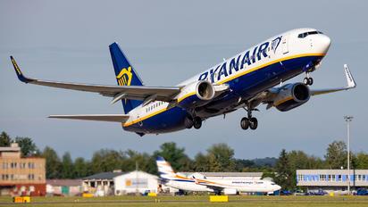 EI-FOE - Ryanair Boeing 737-8AS